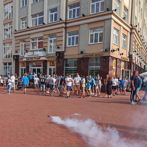 Siêu Cúp nước Nga: Zenit áp đảo Lokomotiv cả trên sân lẫn trên… đường phố Kaliningrad ảnh 8