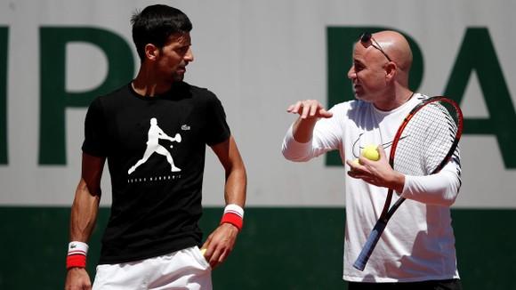 """Ngày mai, Novak Djokovic xung trận săn """"Golden Slam"""" còn Medvedev đấu Bublik ảnh 3"""