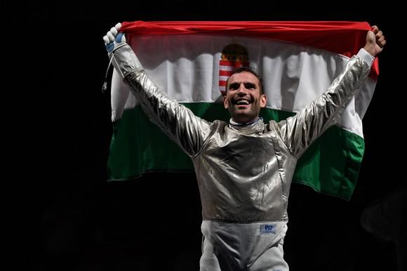 """""""Kiếm Vương"""" Áron Szilágyi: Xứng danh anh hùng với tấm HCV 3 kỳ Olympic liên tiếp ảnh 3"""