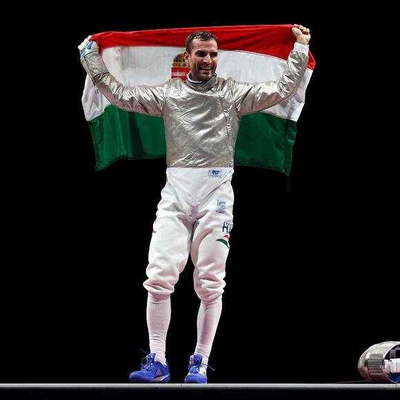 """""""Kiếm Vương"""" Áron Szilágyi: Xứng danh anh hùng với tấm HCV 3 kỳ Olympic liên tiếp ảnh 4"""