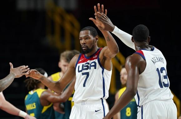 Kevin Durant và đồng đội sẽ tái chiến tuyển Pháp ở chung kết tranh HCV ảnh 4