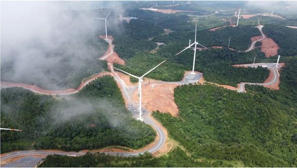 Trên đại công trường điện gió ở huyện miền núi Quảng Trị ảnh 2