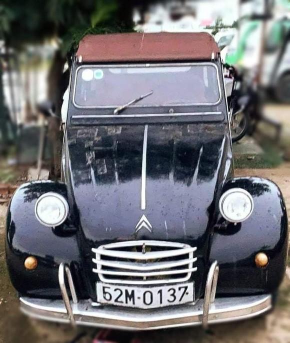First News tổ chức đấu giá xe cổ của NSND Út Trà Ôn giúp đồng bào miền Trung ảnh 2