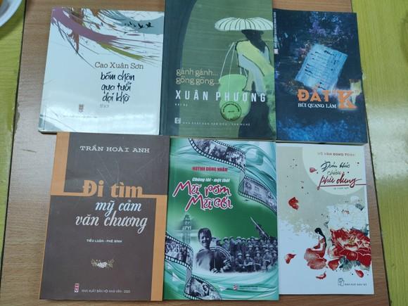 Giải thưởng Hội Nhà văn TPHCM 2020: Tôn vinh những tác phẩm phi hư cấu  ảnh 5