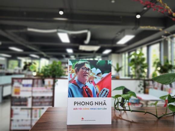 Ra mắt hồi ký, di cảo 'Đời tôi sóng nhạc bay lên' của nhạc sĩ Phong Nhã ảnh 1