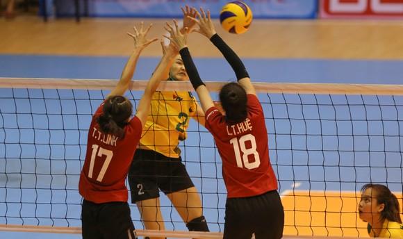 Giải bóng chuyền VĐQG 2020: Sôi động ở cả hai đầu cầu Bắc Ninh và Hà Tĩnh ảnh 2