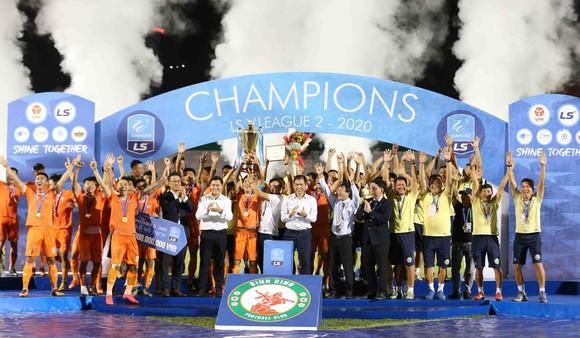 CLB Bình Định chính thức trở lại sân chơi V-League sau 12 năm. Ảnh: Dũng Phương