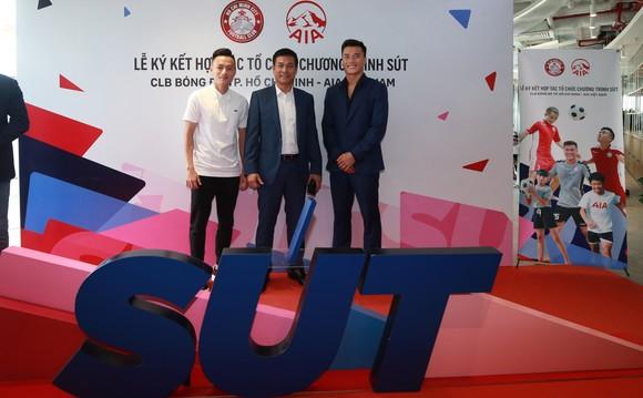 Bóng đá trẻ Việt Nam tiếp cận cách huấn luyện chuyên nghiệp từ giải ngoại hạng Anh ảnh 2