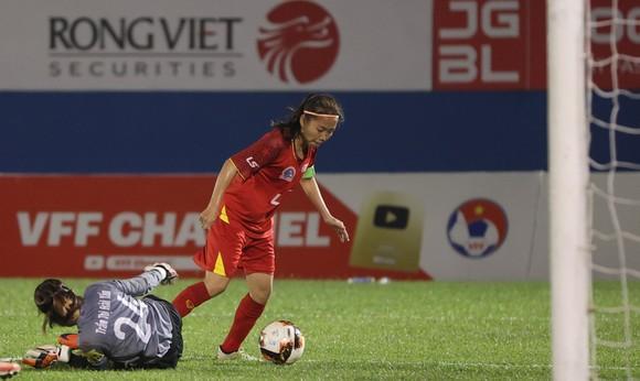 Cô trò Kim Chi 'vô đối' tại các giải đấu quốc nội ảnh 1