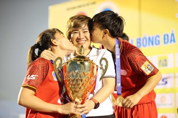 Cô trò Kim Chi 'vô đối' tại các giải đấu quốc nội ảnh 11
