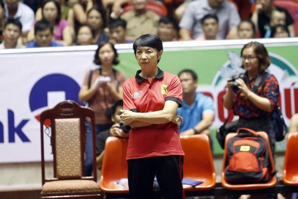 Lương Nguyễn Ngọc Hiền lên thay làm HLV VTV Bình Điền trong năm mới 2021.