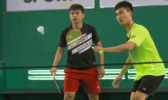 Giải cầu lông Junior Weekly Series 2021: Nguyễn Tiến Minh cùng các tuyển thủ quốc gia giao lưu với tay vợt nhí ảnh 5