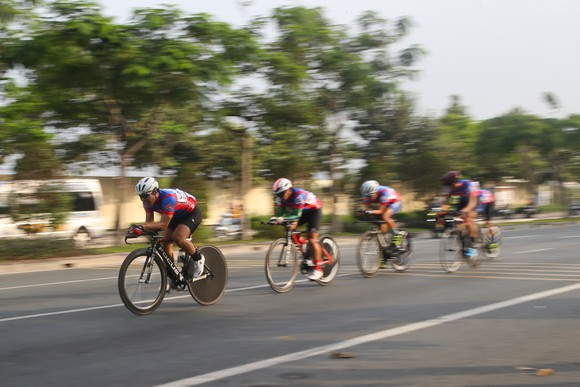 Giải đua xe đạp phong trào TPHCM mừng xuân Tân Sửu 2021: 250 VĐV tham dự ảnh 3