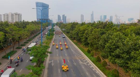 Giải đua xe đạp phong trào TPHCM mừng xuân Tân Sửu 2021: 250 VĐV tham dự ảnh 1