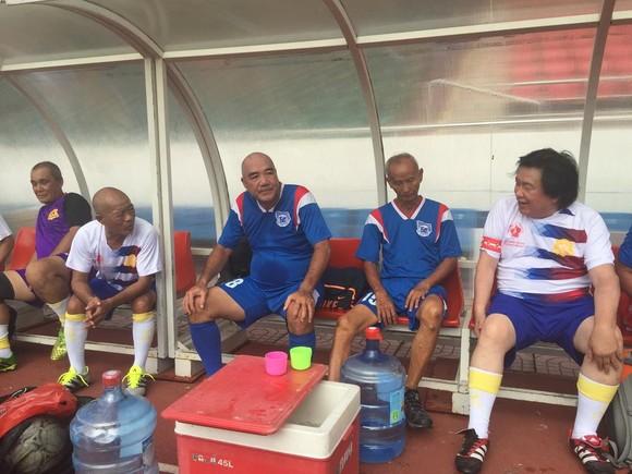 Các cựu cầu thủ họp mặt tưởng niệm 5 năm ngày mất HLV Phạm Huỳnh Tam Lang ảnh 2
