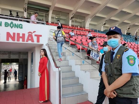 Siêu Cúp 2019: Dưới sân nhộn nhịp hơn khán đài ảnh 6