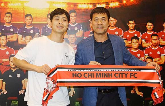 Nguyễn Hữu Thắng, cựu tuyển thủ có vị trí cao nhất trong giới bóng đá hiện nay. Ảnh: Đông Huyền
