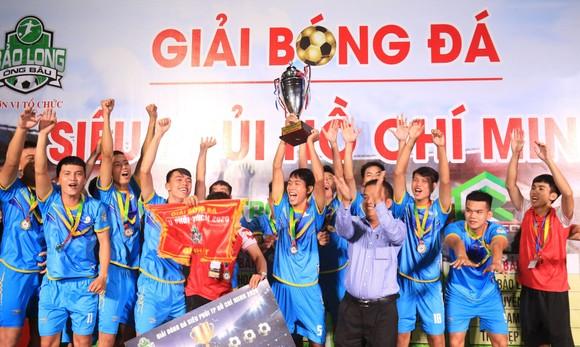 Niềm vui chiến thắng của đội Đăng Khang Land