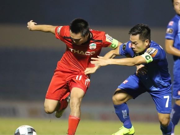 Hai đội Đà Nẵng và Quảng Nam đều đón khán giả vào xem LS V-League ảnh 1
