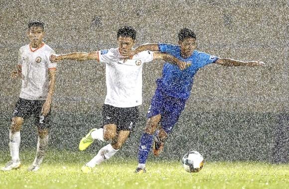 Cúp vô địch giải hạng Nhất LS 2020 được đặt trên 2 sân Quy Nhơn và Bà Rịa  ảnh 1
