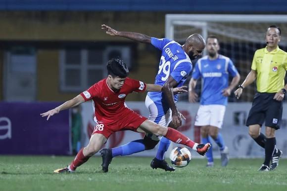 Lại thắng 1-0, Viettel tiến gần hơn ngôi vương LS V-League 2020   ảnh 1