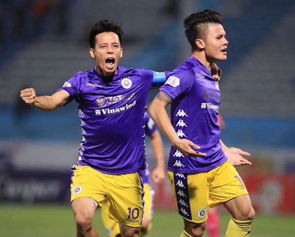 Quang Hải và Văn Quyết, hai mắt xích quan trọng ở giai đoạn tăng tốc của Hà Nội FC