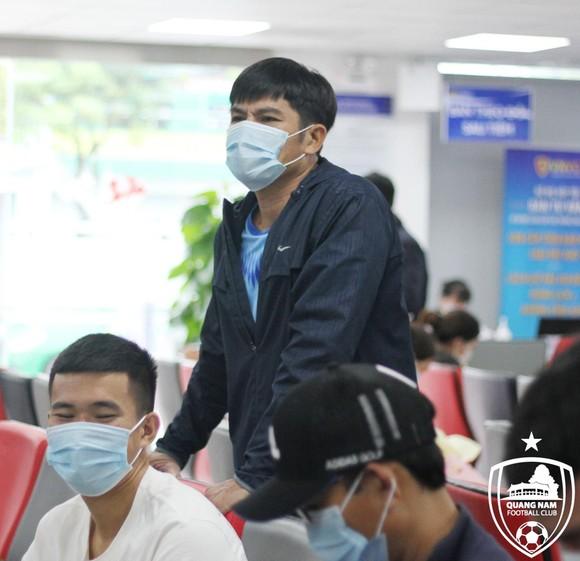 """HLV Võ Văn Hạnh trở thành """"phó tướng"""" cho HLV Nguyễn Thành Công"""