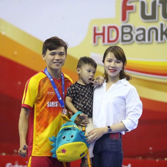 Ứng viên Quả bóng Vàng Futsal 2020 gia nhập đội Sahako ảnh 1