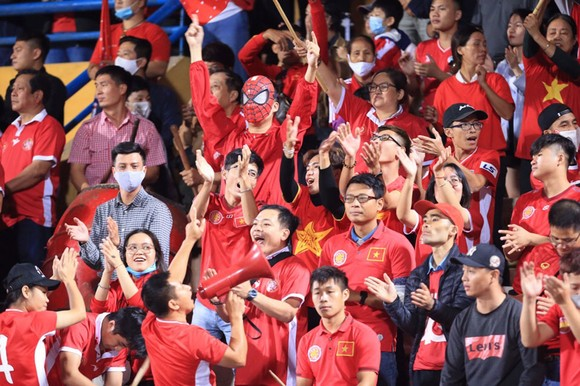 Trận Siêu cúp giữa Viettel - CLB Hà Nội được đón 5.000 khán giả  ảnh 2