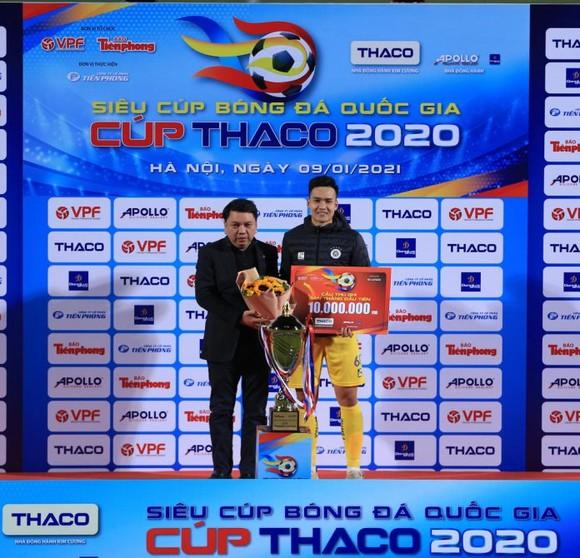 Nóng từ Siêu cúp Quốc gia đến Quả bóng Vàng Việt Nam 2020  ảnh 2