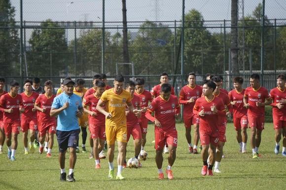 HLV Phan Thanh Hùng: LS V-League 2021 không có đội nào yếu ảnh 1