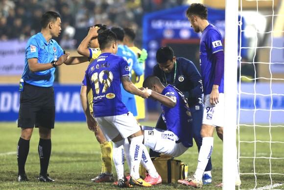Hà Nội FC thua đậm ở ngày ra quân