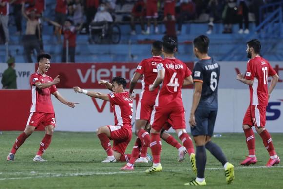 Nhà vô địch Viettel thắng trận đầu tiên tại LS V-League 2021 ảnh 1