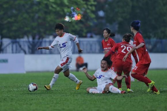 Đội U19 nữ TPHCM giành 1 điểm vào phút cuối ảnh 3