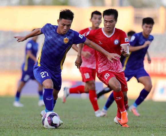 Khánh Hòa tiếp tục thi đấu ấn tượng bên cạnh sự sa sút bất ngờ của Quảng Nam