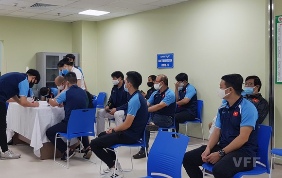 Đội tuyển Việt Nam trong đợt thực hiên mũi tiêm đầu tiên vào giữa tháng 4 vừa qua