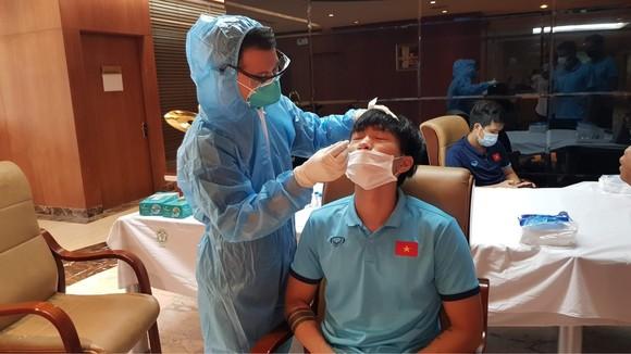 Đội tuyển Việt Nam tiếp tục xét nghiệm RT-PCR ảnh 1