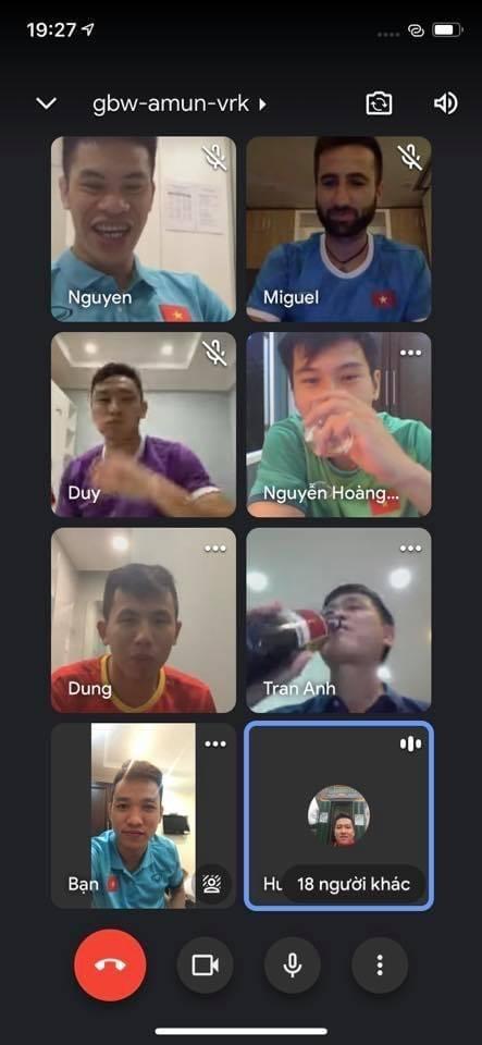 Sinh nhật đáng nhớ của thủ quân đội tuyển futsal Việt Nam  ảnh 2