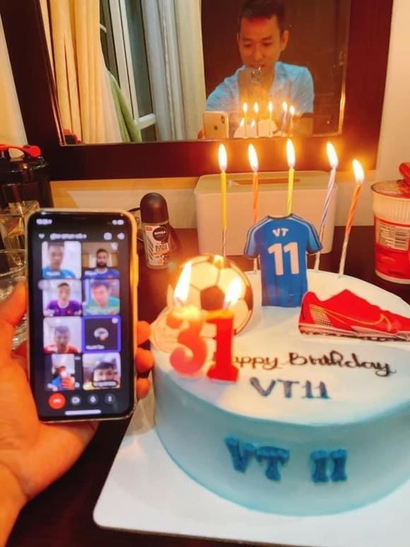 Sinh nhật đáng nhớ của thủ quân đội tuyển futsal Việt Nam  ảnh 1