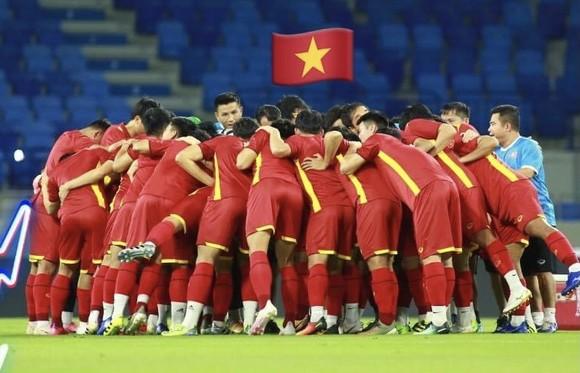 Đội tuyển Việt Nam cùng cả nước quyết tâm đẩy lùi dịch Covid-19. Ảnh: ANH KHOA