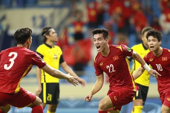 Đội tuyển Việt Nam tiến một bước dài đến vòng loại thứ 3. Ảnh: ANH KHOA