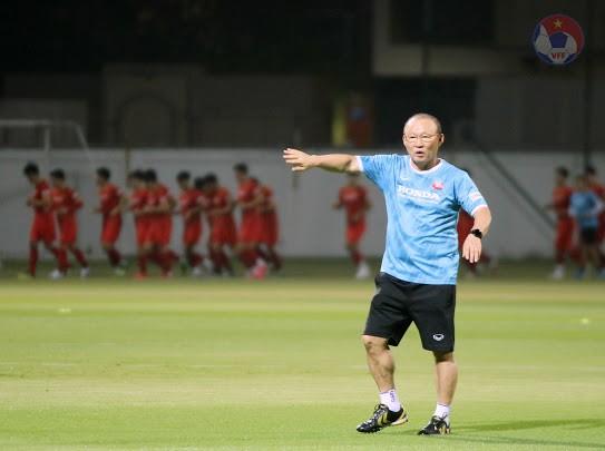 HLV Park Hang-seo sẵn sàng gây bất ngờ cho UAE. Ảnh: ĐOÀN NHẬT