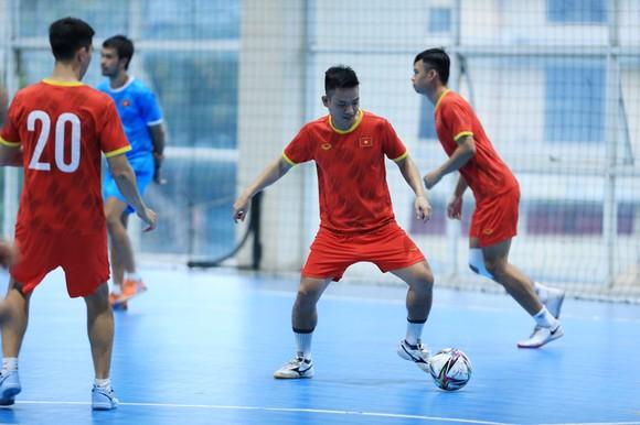 Thầy trò đội tuyển futsal Việt Nam 'nhắm' vào Panama để tranh vé vào vòng trong ảnh 1