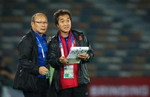 HLV Park Hang-seo bắt đầu lo ngại về khoảng trống ở hàng thủ