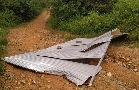 Đắk Lắk: Gió lớn, một người bị tôn bay trúng tử vong ảnh 2
