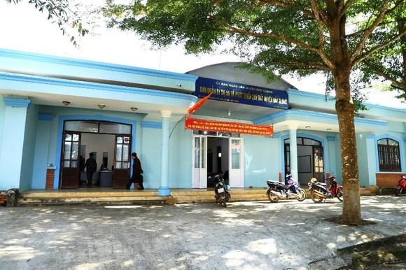 Ban quản lý dự án và phát triển quỹ đất huyện Đắk G'long, nơi ông Vỹ công tác