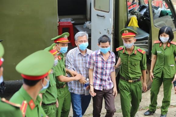 Mở lại phiên tòa xét xử 'ông trùm' xăng giả Trịnh Sướng ảnh 3