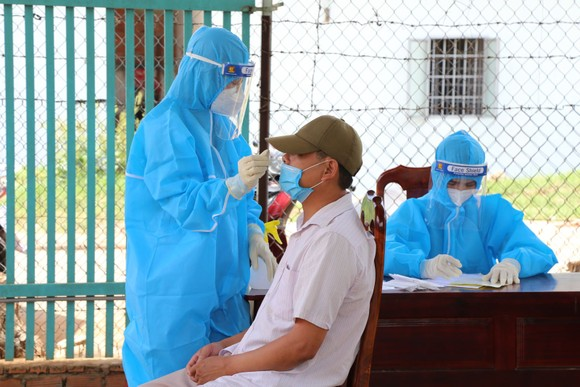 Đắk Lắk ghi nhận thêm 1 trường hợp dương tính với SARS- CoV-2 ảnh 1
