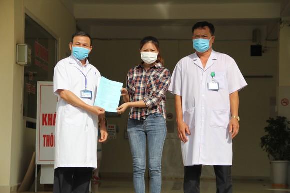 Bệnh nhân mắc Covid-19 gửi lời xin lỗi đến 36.000 người dân bị ảnh hưởng ảnh 1