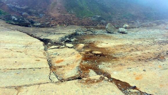 Đoạn đường gần 750 tỷ đồng tan nát sau 1 năm 3 tháng thông tuyến ảnh 6